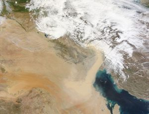 Dust Extends from Saudi Arabia into Iran. By NASA - http://earthobservatory.nasa.gov/NaturalHazards/view.php?id=43030&src=nha, Public Domain, https://commons.wikimedia.org/w/index.php?curid=9658422